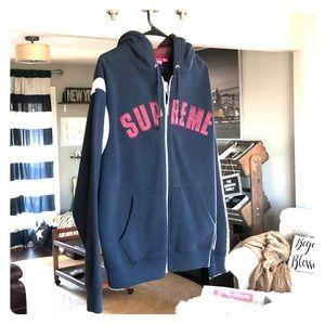 Supreme Hooded Sweatshirt